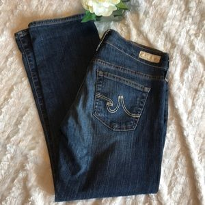 Like new AG athro Tomboy crop jeans size 27